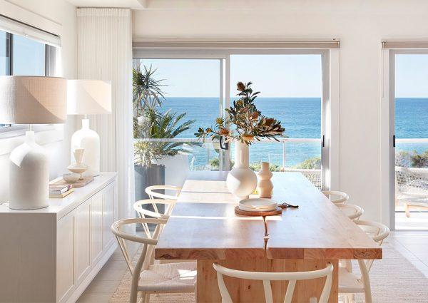 sydney beach house dining room