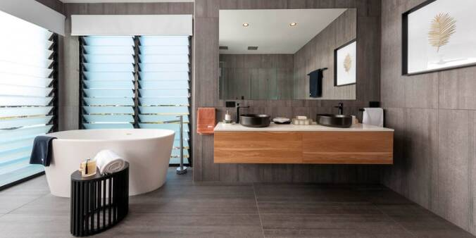 yourtown-prize-home-draw-511-broadbeach-waters-main-bathroom