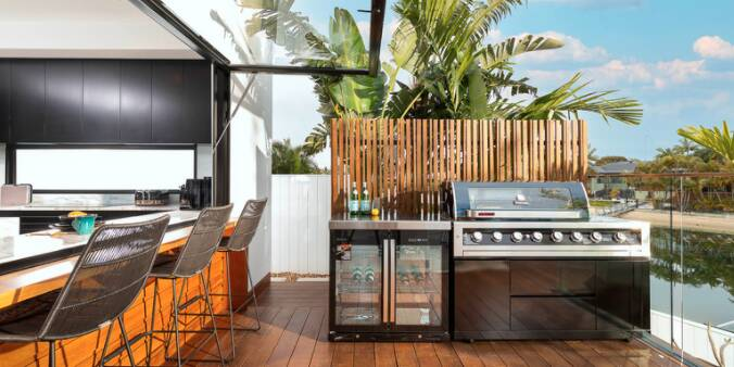 yourtown-prize-home-draw-511-broadbeach-waters-outdoor-entertaining